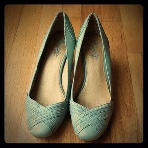 Seychelles Shoes-medium heel pumps